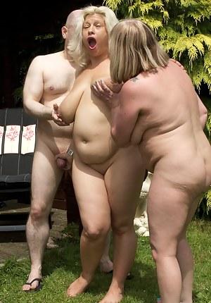 Hot Moms FFM Porn Pictures