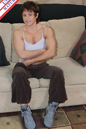 Hot Muscle Moms Porn Pictures