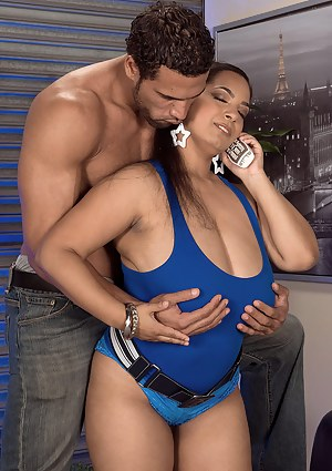 Hot Latina Moms Porn Pictures