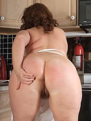 Hot Big Ass Moms Porn Pictures