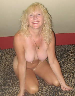 Hot Mom Girlfriend Porn Pictures