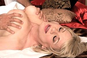 Hot Moms Massage Porn Pictures