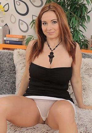 Hot Moms Panties Porn Pictures