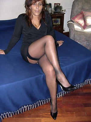 Hot Moms Stockings Porn Pictures