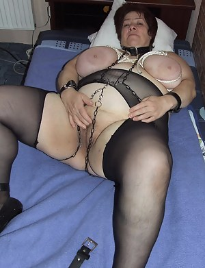 Hot Moms Bondage Porn Pictures