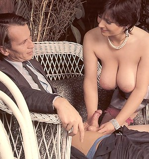 Hot Moms Retro Porn Pictures