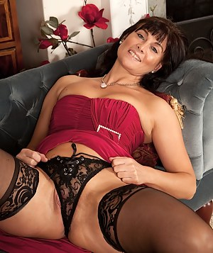 Hot Moms Cameltoe Porn Pictures
