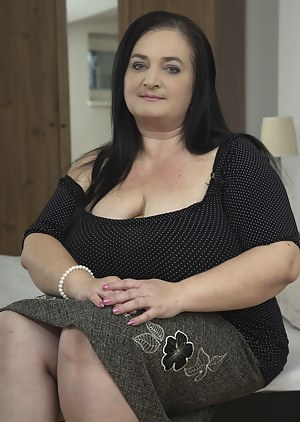 Hot BBW Moms Porn Pictures