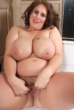 Hot Fat Moms Tits Porn Pictures
